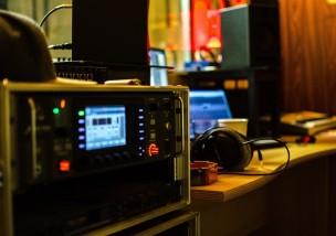sound-studio-911516_1280